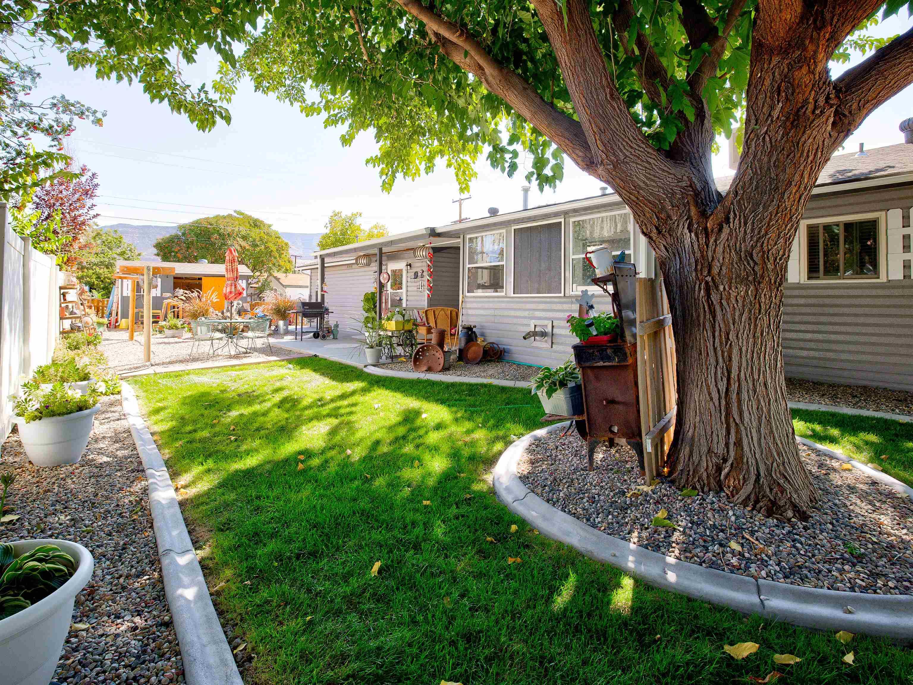 460 W 6th Street Property Photo 26