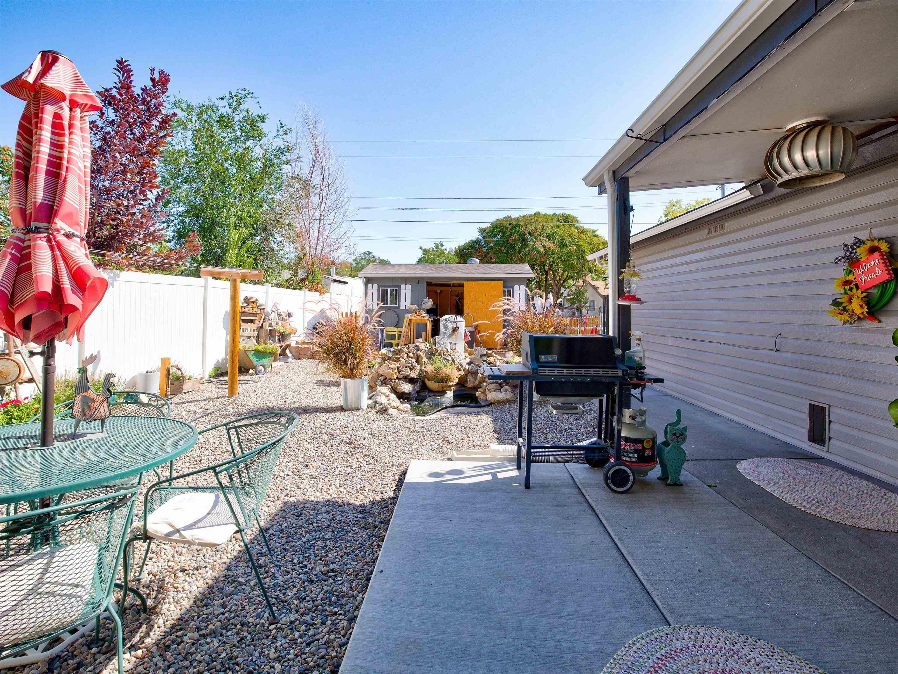 460 W 6th Street Property Photo 30