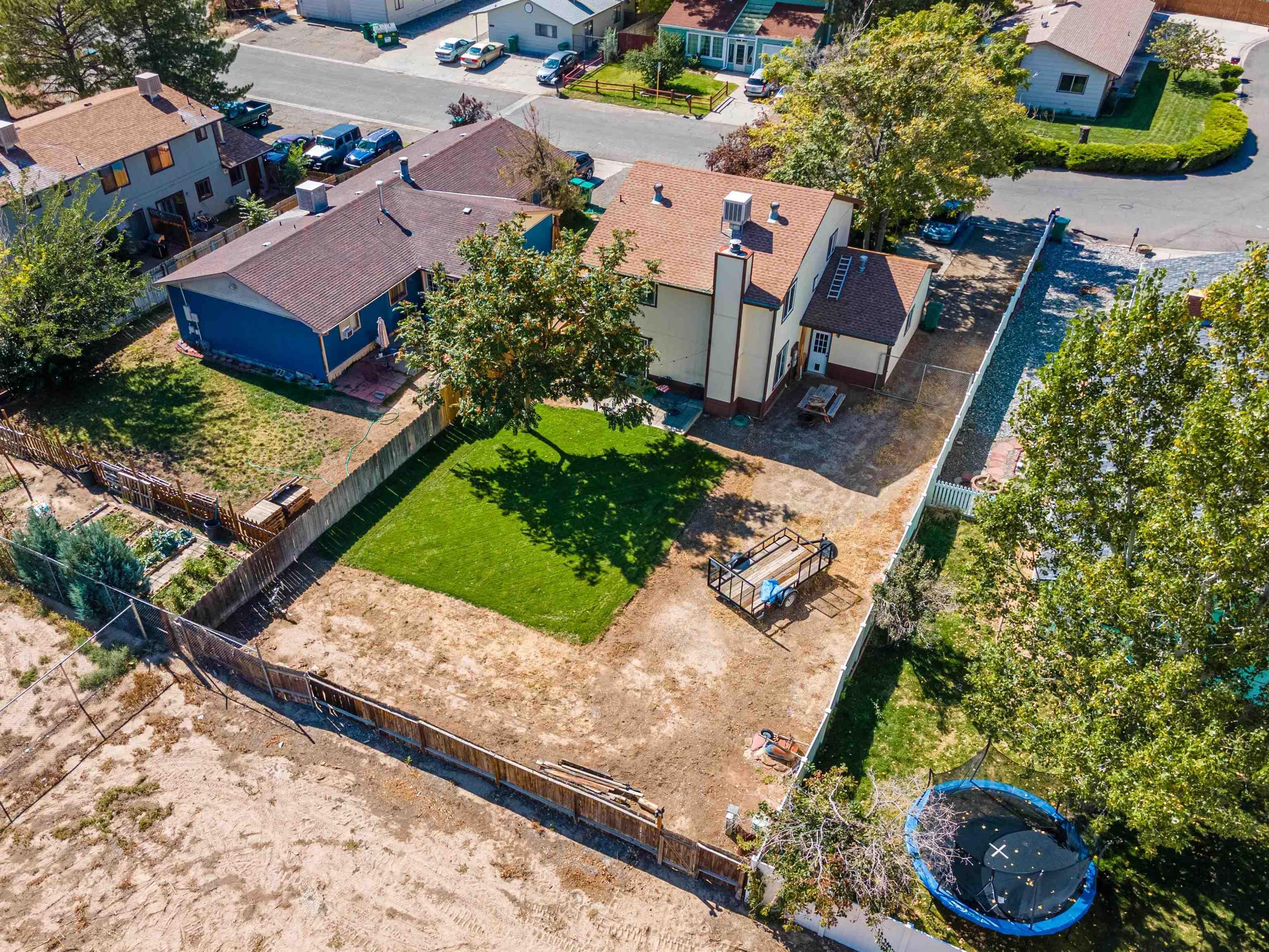 827 Iowa Avenue Property Photo 3