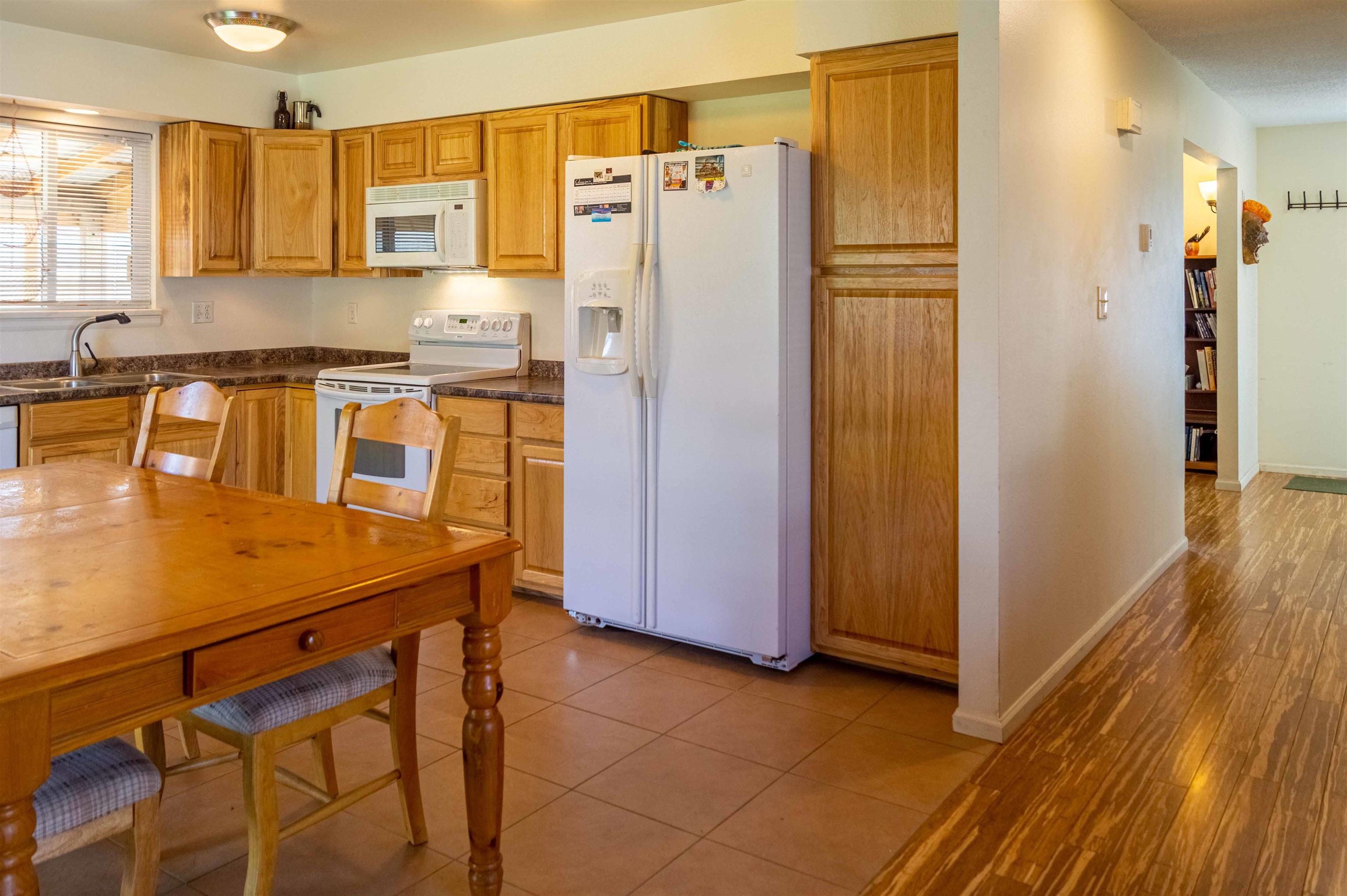 827 Iowa Avenue Property Photo 8
