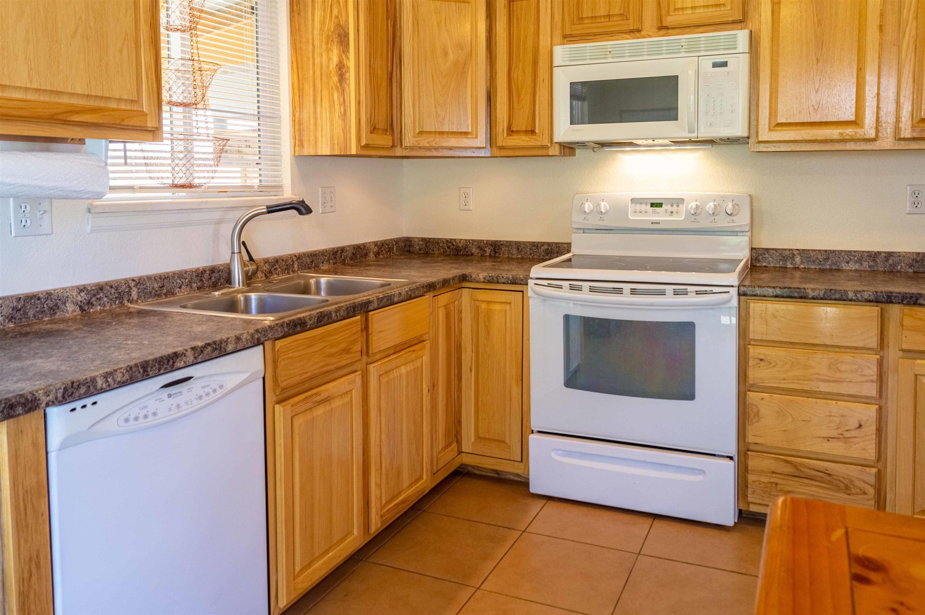 827 Iowa Avenue Property Photo 12