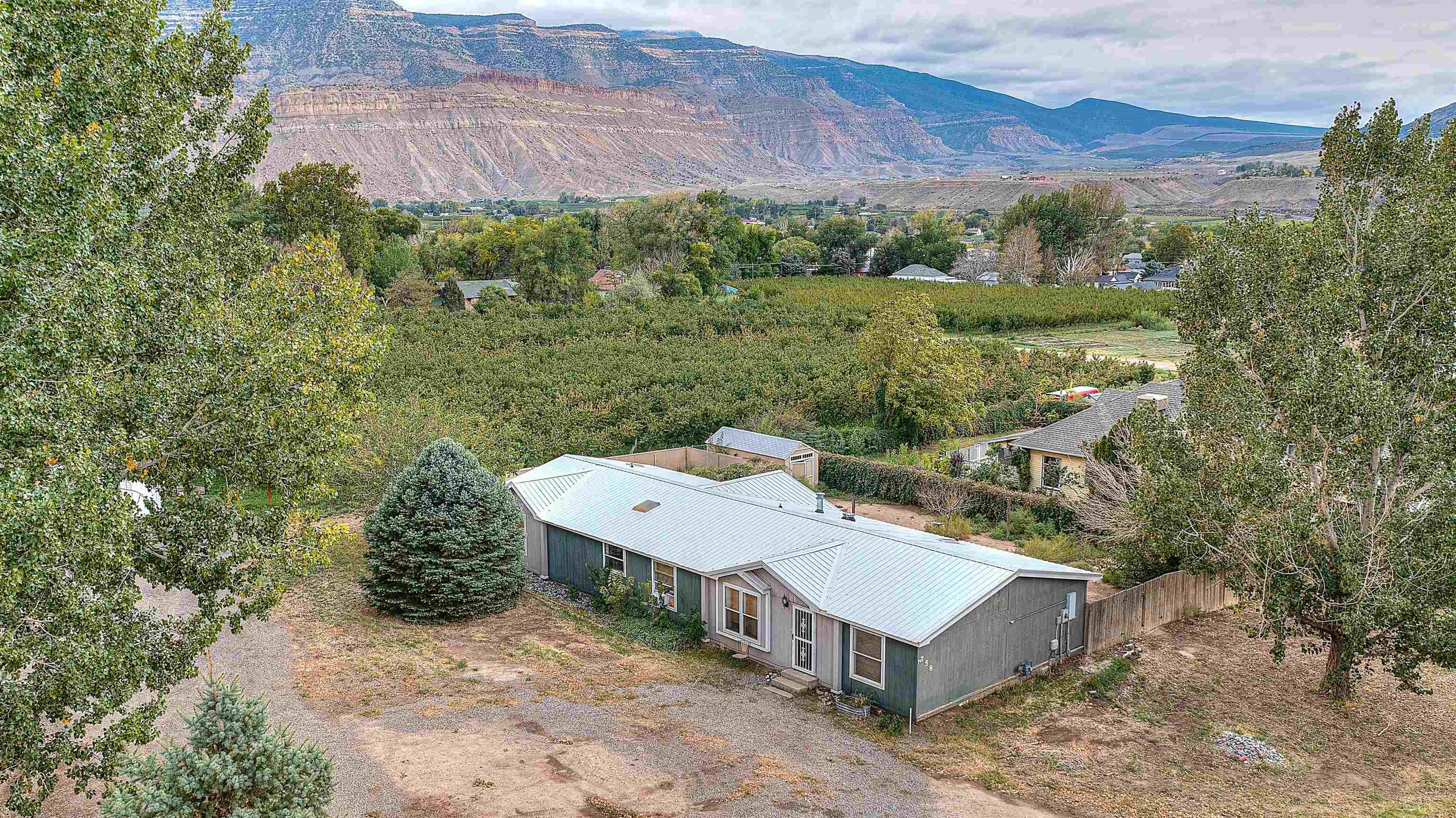 758 37 8/10 Road Property Photo 28