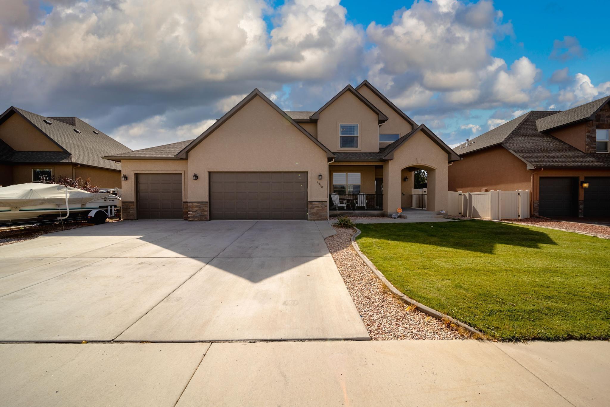 1460 Catalina Avenue Property Photo 1