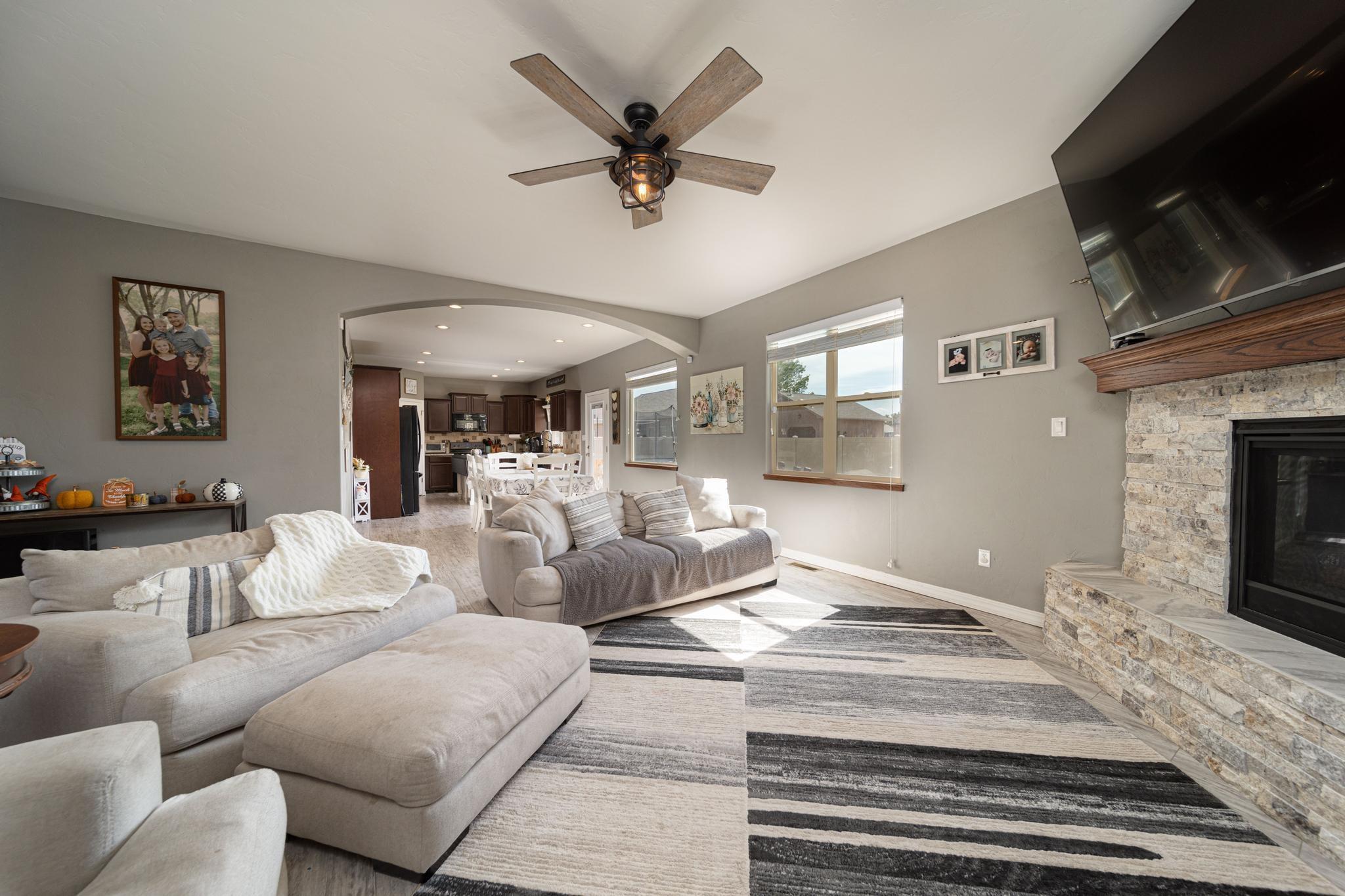1460 Catalina Avenue Property Photo 10
