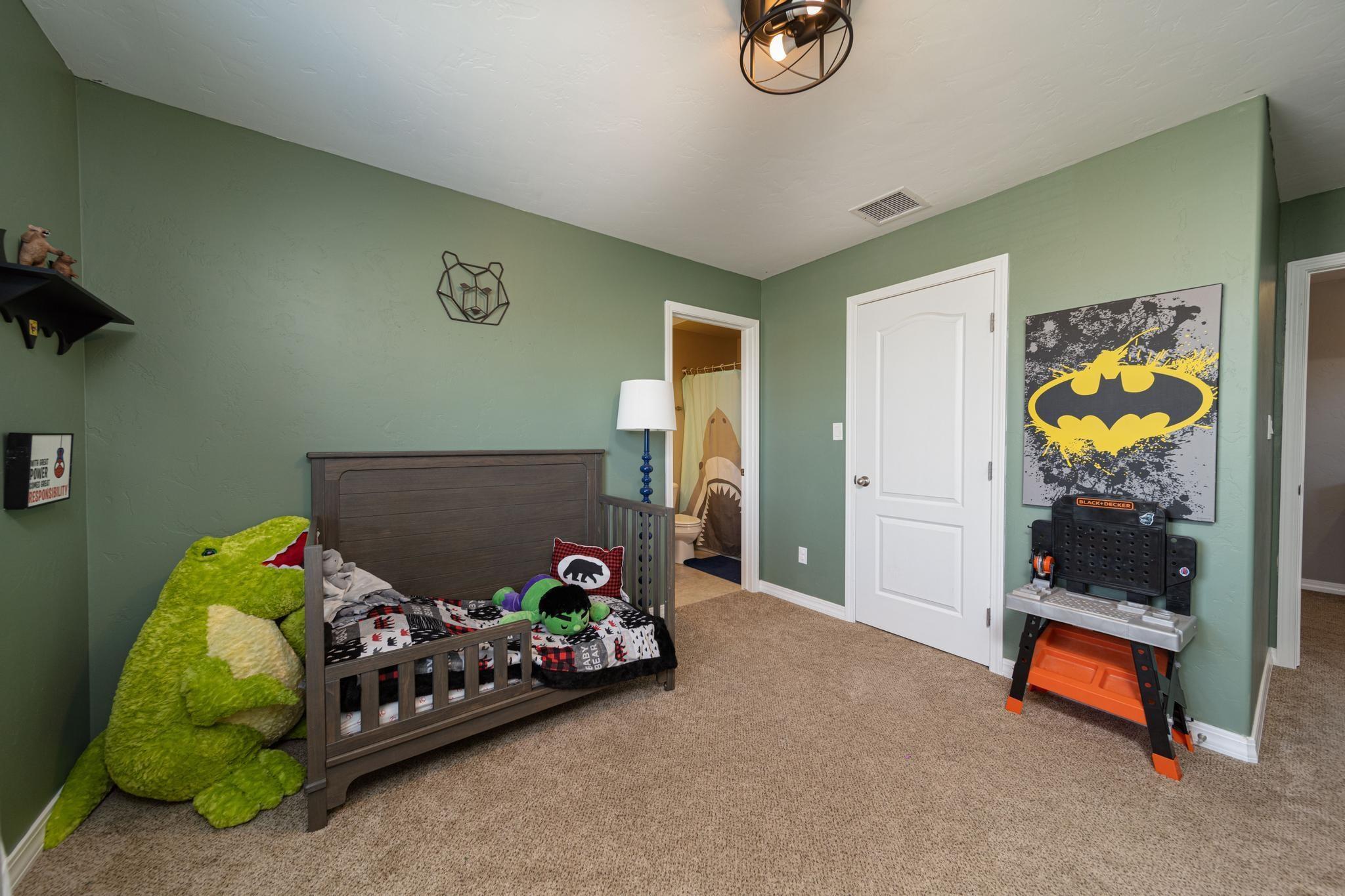 1460 Catalina Avenue Property Photo 28