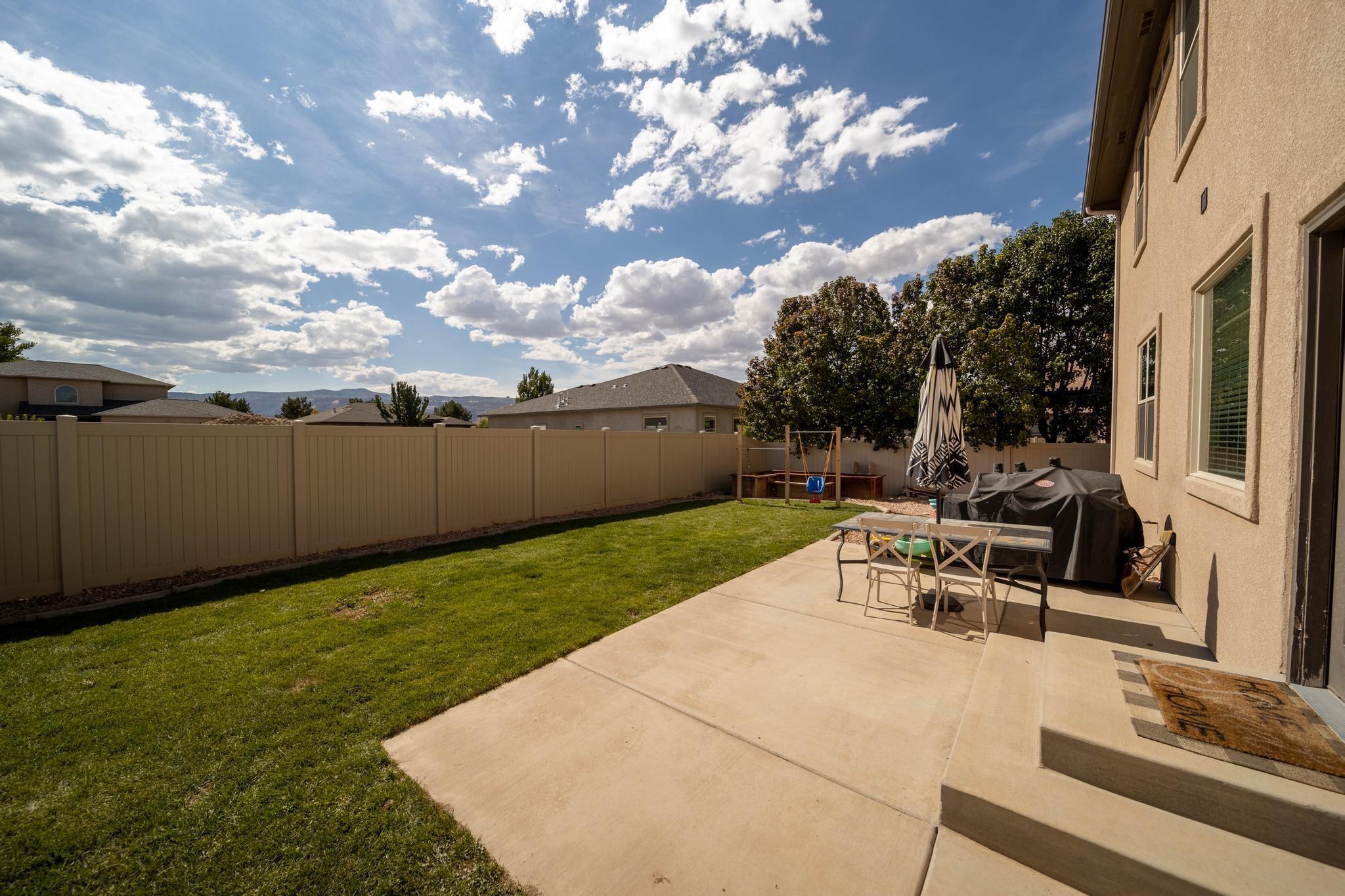 1460 Catalina Avenue Property Photo 32