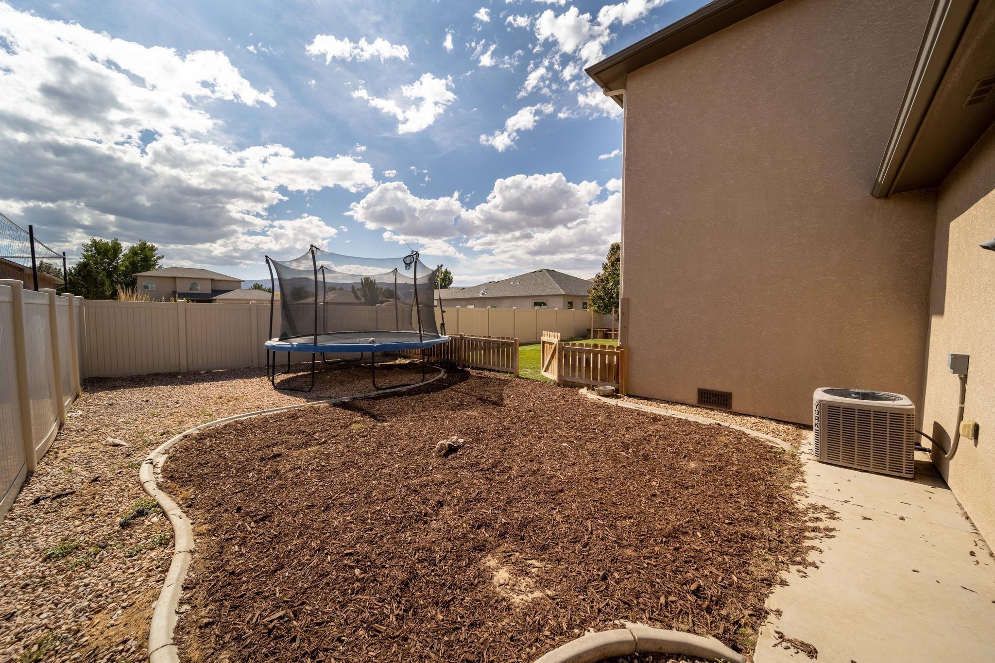 1460 Catalina Avenue Property Photo 34