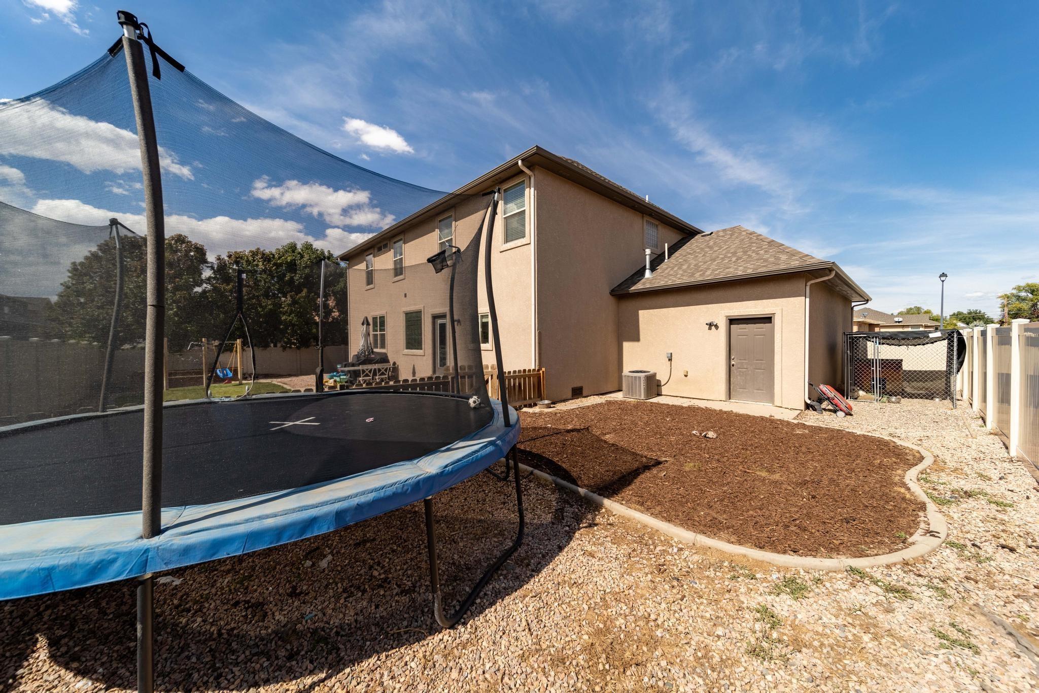 1460 Catalina Avenue Property Photo 35