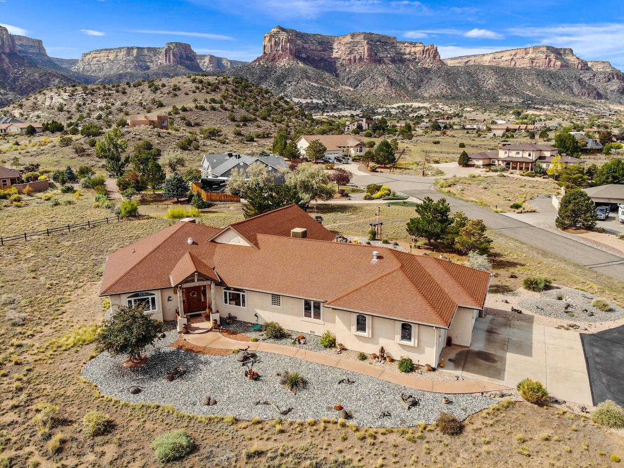 2209 Red Canyon Court Property Photo 1