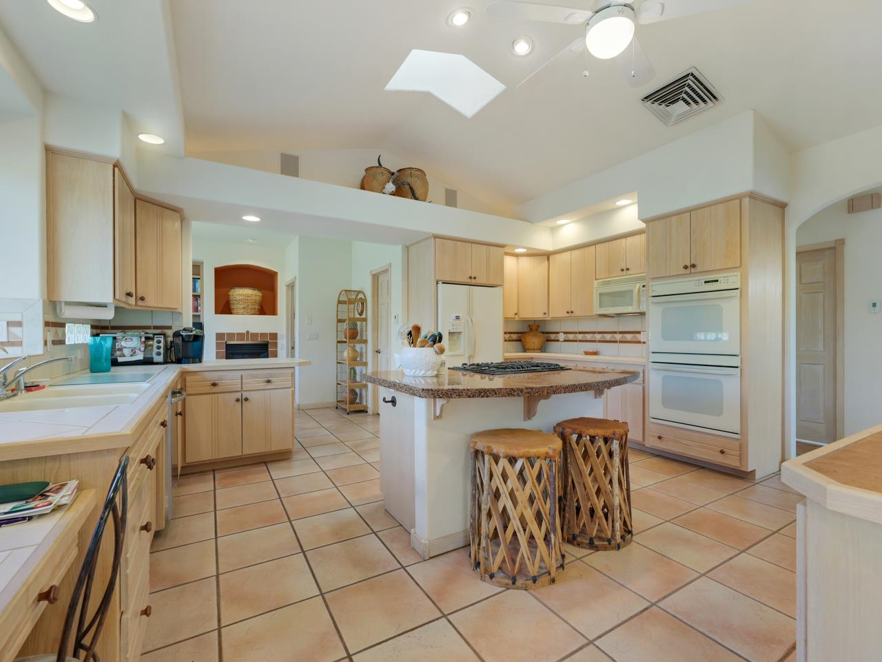 2209 Red Canyon Court Property Photo 11