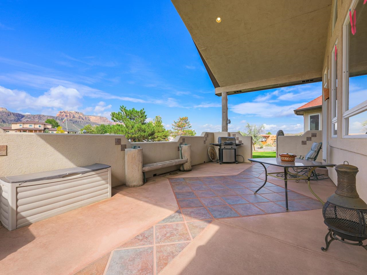 2209 Red Canyon Court Property Photo 30