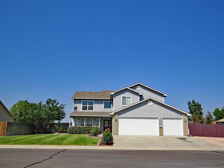 701 Suncrest Drive Property Photo 1