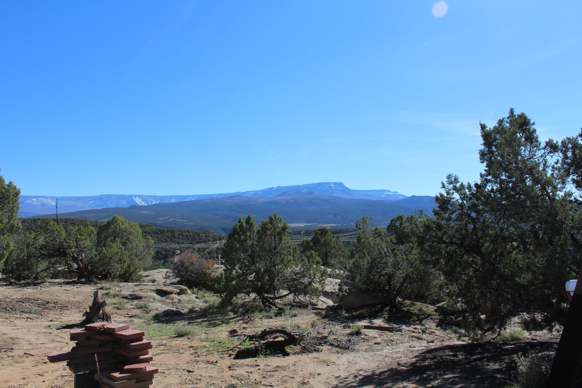 4463 Horse Canyon Road Property Picture 2