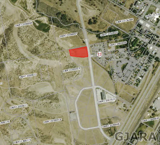 L18 B3 Parachute Park Boulevard Property Photo - Parachute, CO real estate listing
