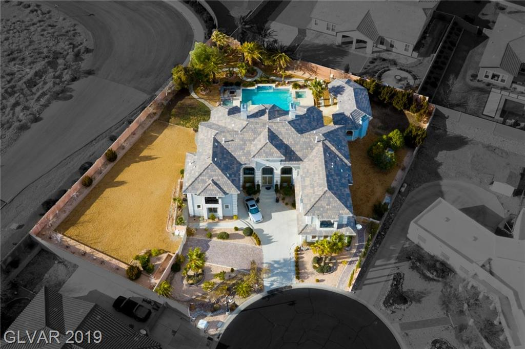 6885 Antler Court Property Photo