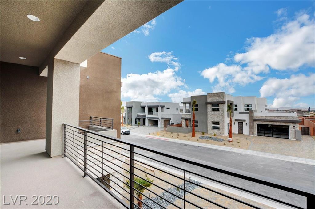 4023 Desert Trace Court Property Photo - Las Vegas, NV real estate listing