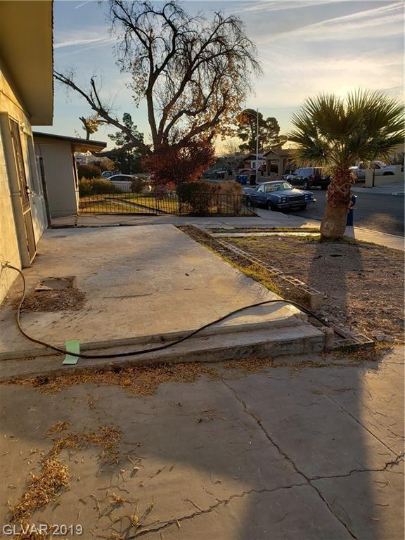 FORREST HILLS Lane Property Photo - Las Vegas, NV real estate listing