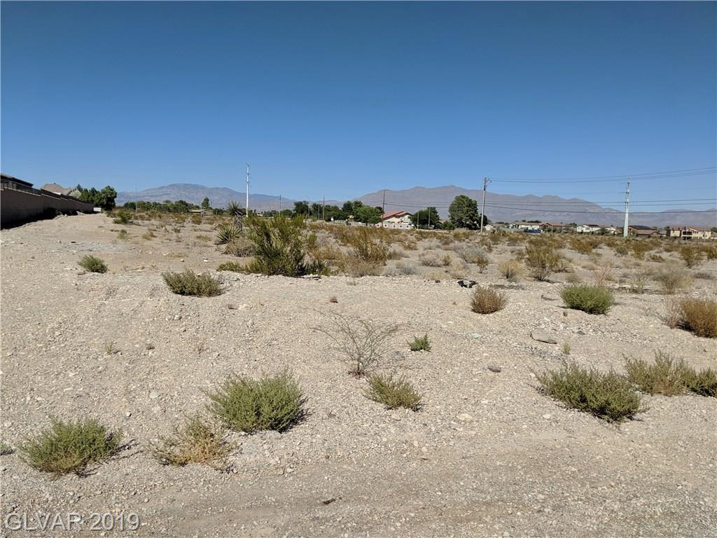 Lone Mountain Property Photo