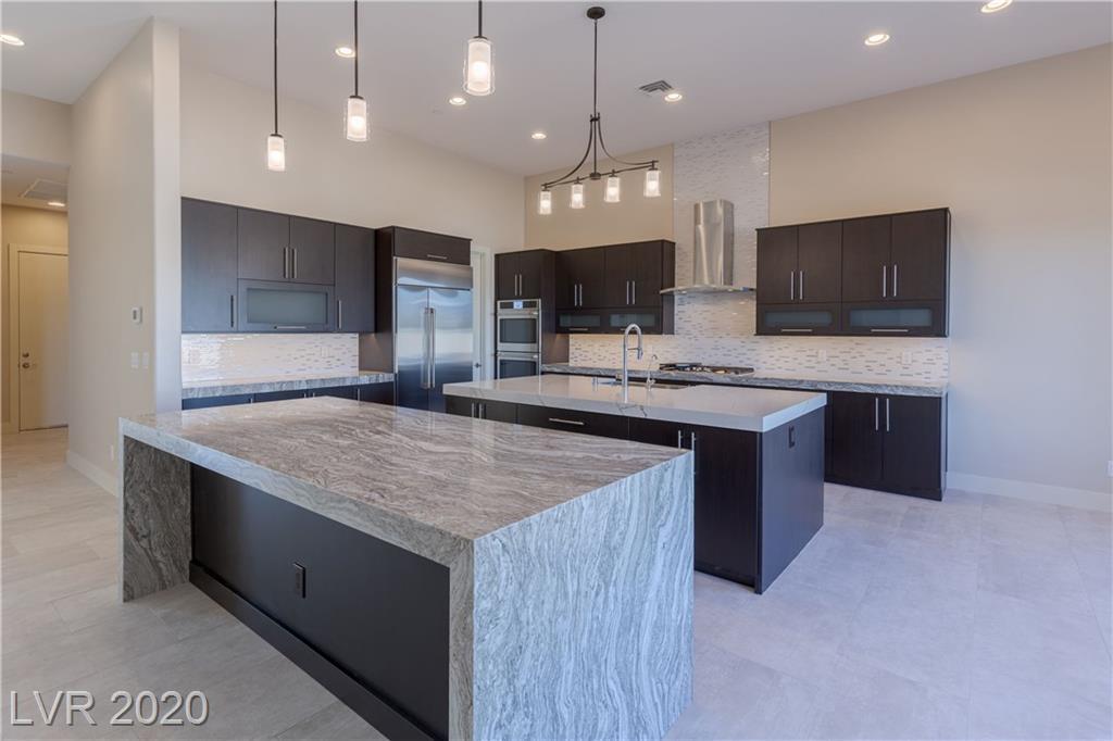 5380 N Riley Street Property Photo - Las Vegas, NV real estate listing