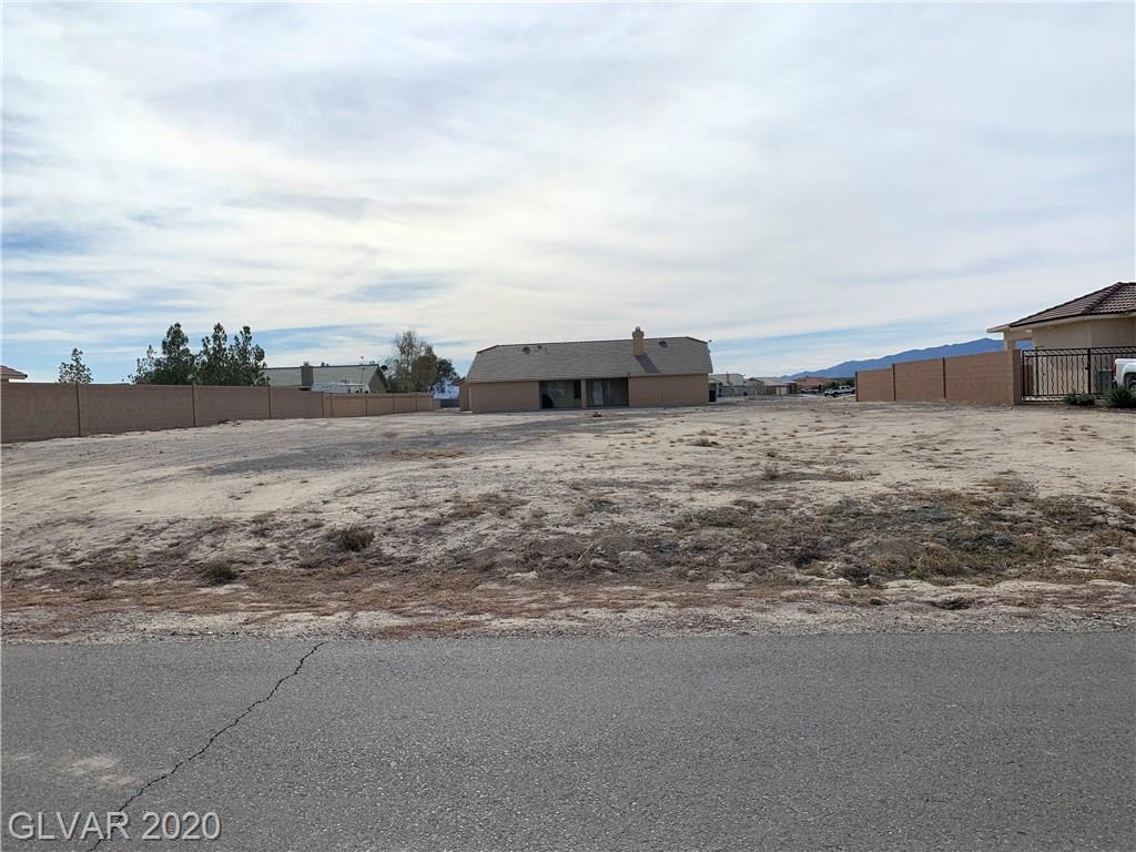 4861 E Ridgewood Property Photo