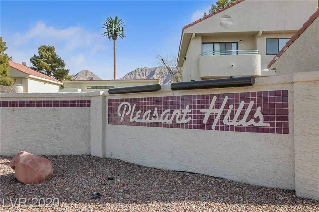 950 N SLOAN Lane #104 Property Photo