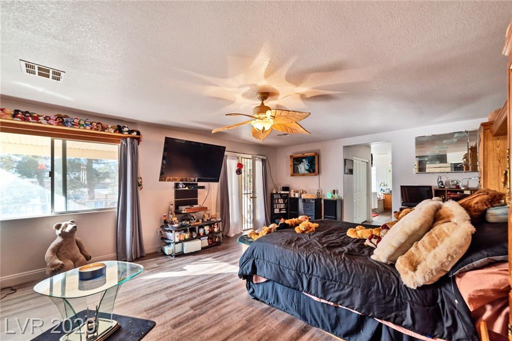 4851 HAYRIDE Street Property Photo - Las Vegas, NV real estate listing