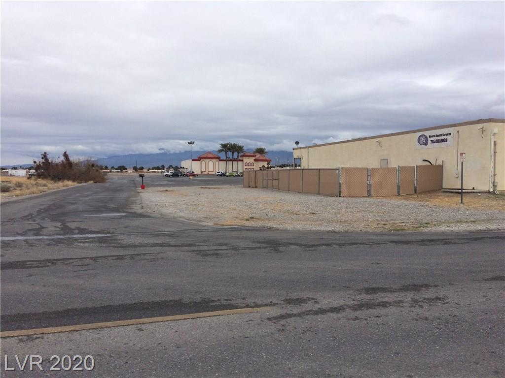 1270 E Calvada Property Photo