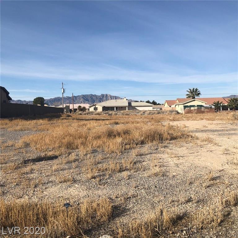 2300 Wagon Property Photo 1