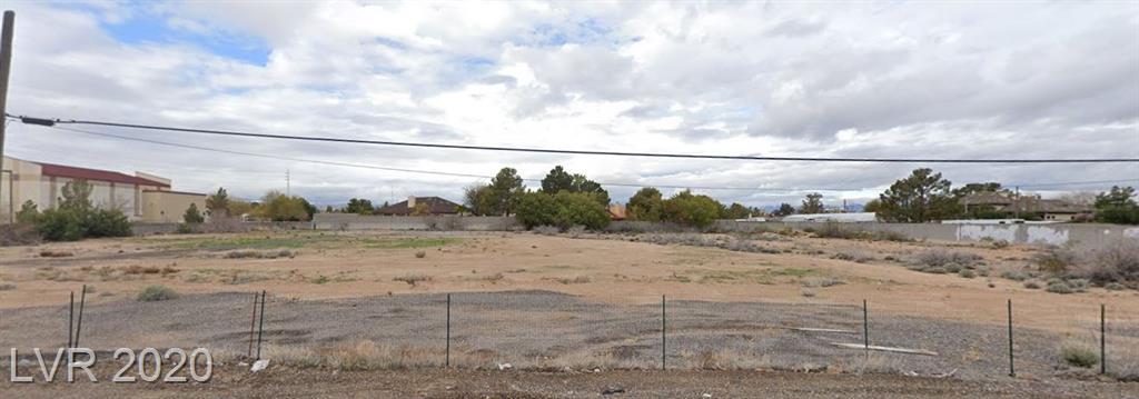 8900 Gilespie Street Property Photo