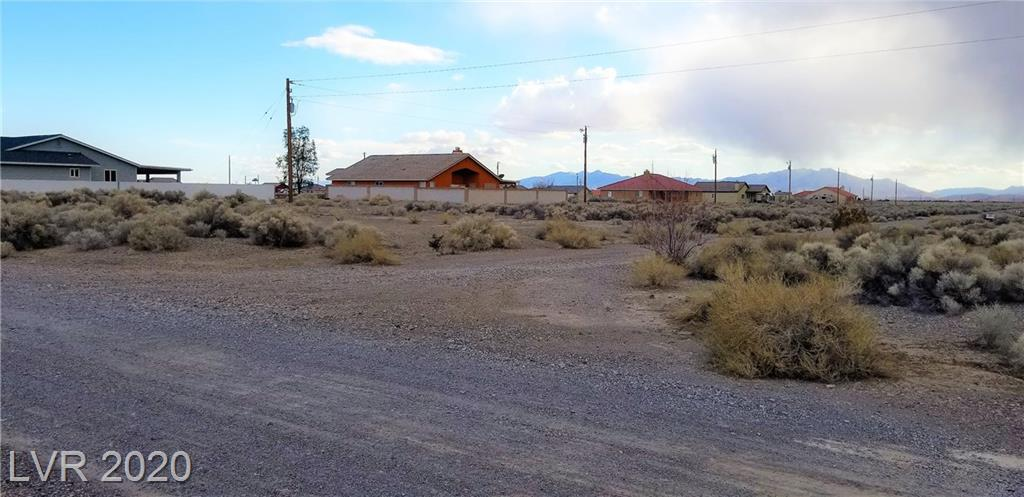 6810 N Aura Avenue Property Photo - Pahrump, NV real estate listing