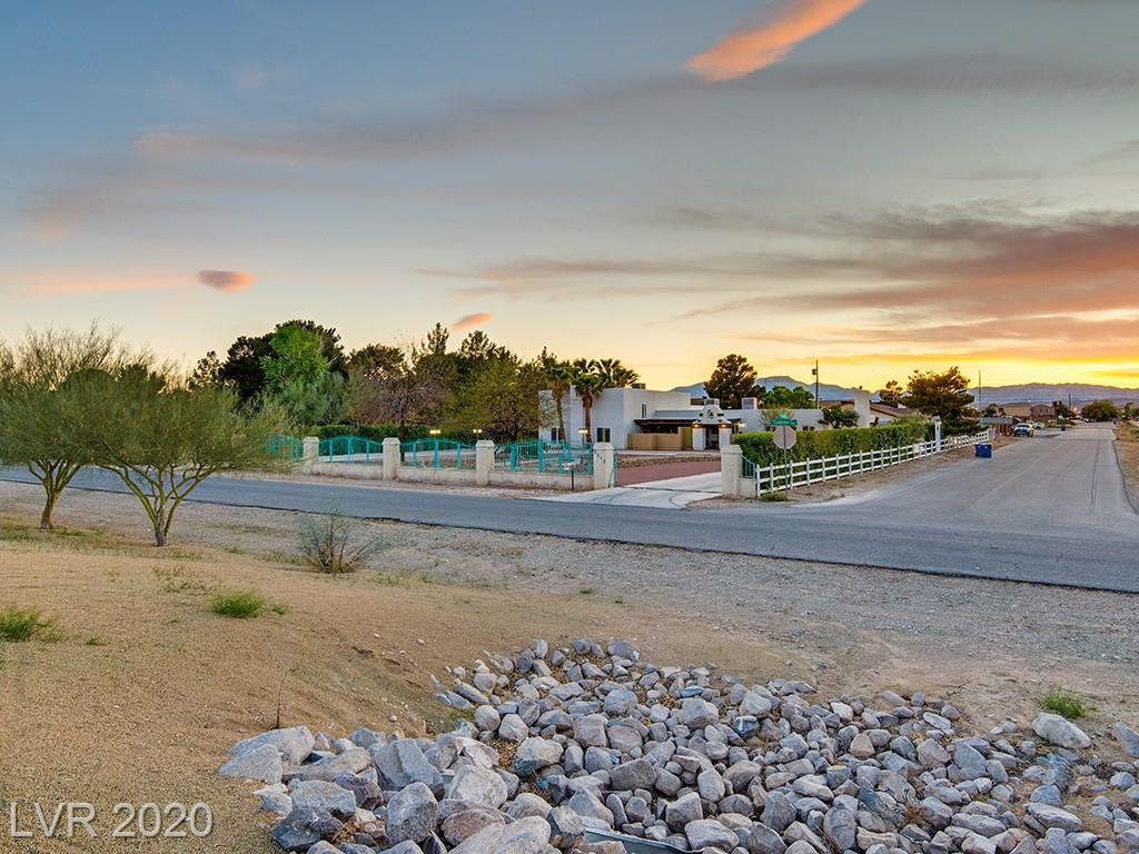 7515 Cameron Property Photo - Las Vegas, NV real estate listing