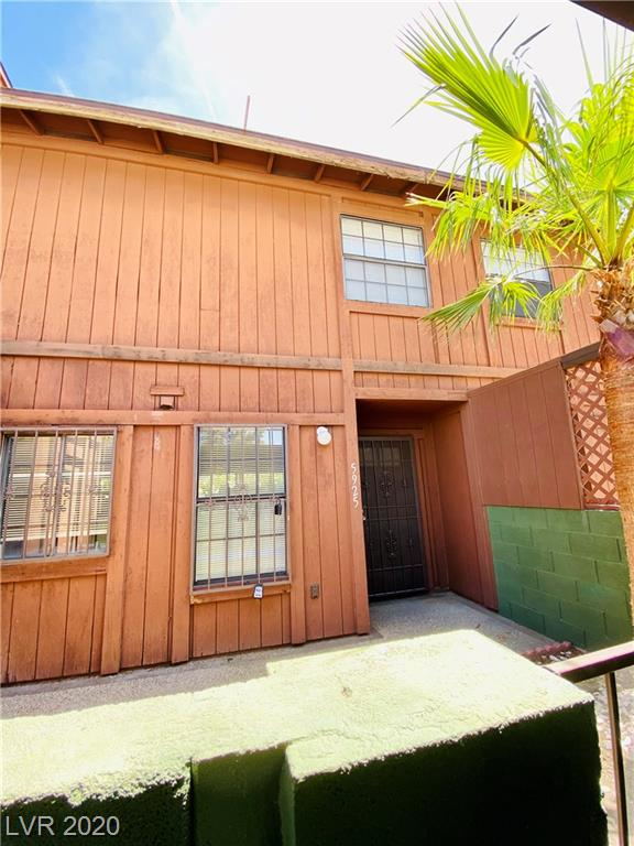 5925 Laredo Property Photo
