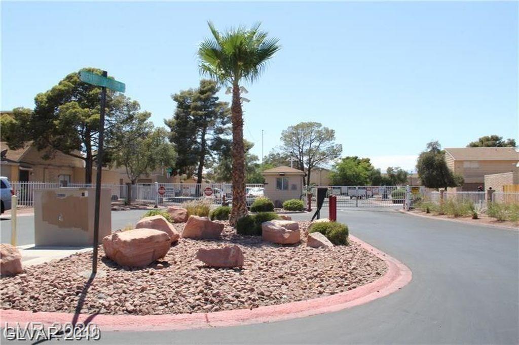 5217 Garden Property Photo - Las Vegas, NV real estate listing