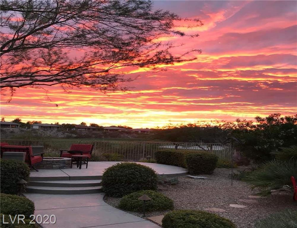 9 ISLEWORTH Drive Property Photo - Henderson, NV real estate listing
