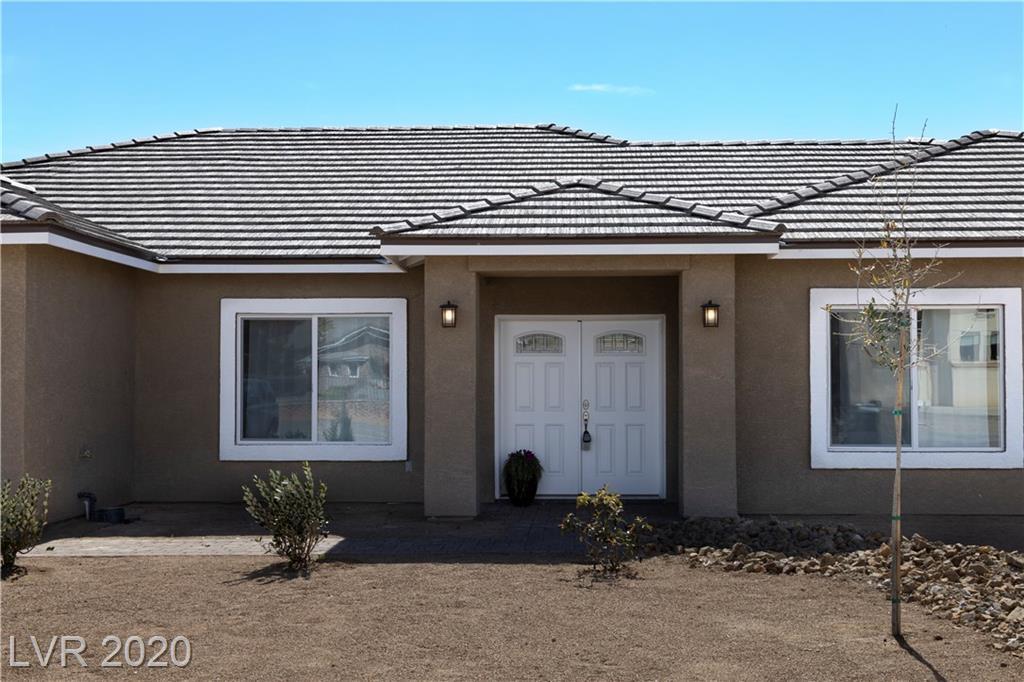 2201 E DEADWOOD Property Photo