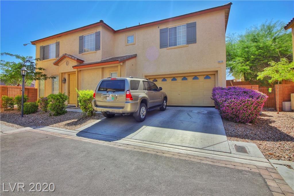 8125 Retriever Property Photo