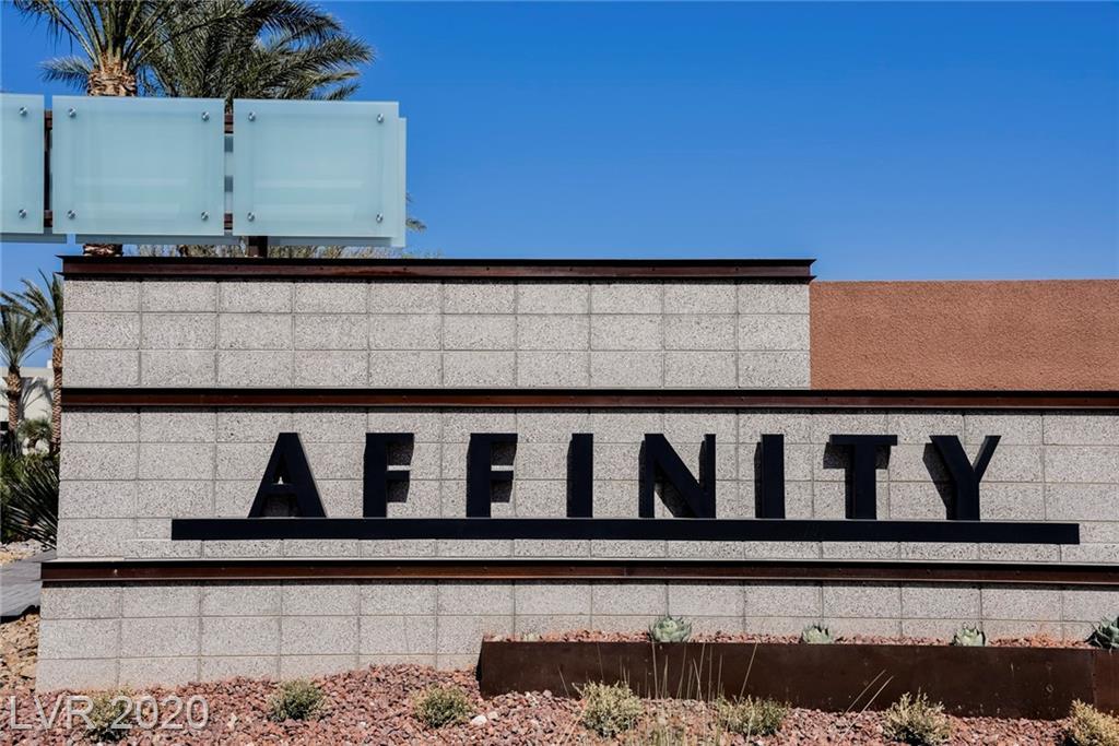 11399 Gravitation Drive Property Photo - Las Vegas, NV real estate listing