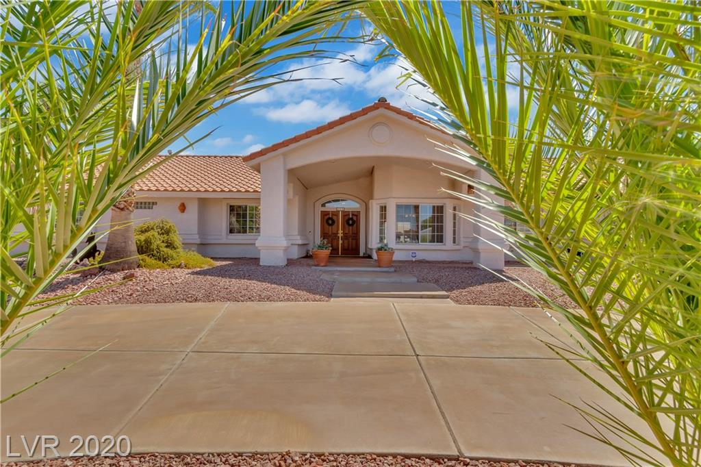 321 E Middleton Drive Property Photo - Henderson, NV real estate listing