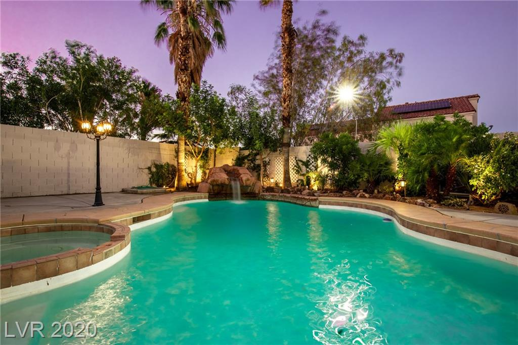 3806 Old Bridge Court Property Photo - North Las Vegas, NV real estate listing