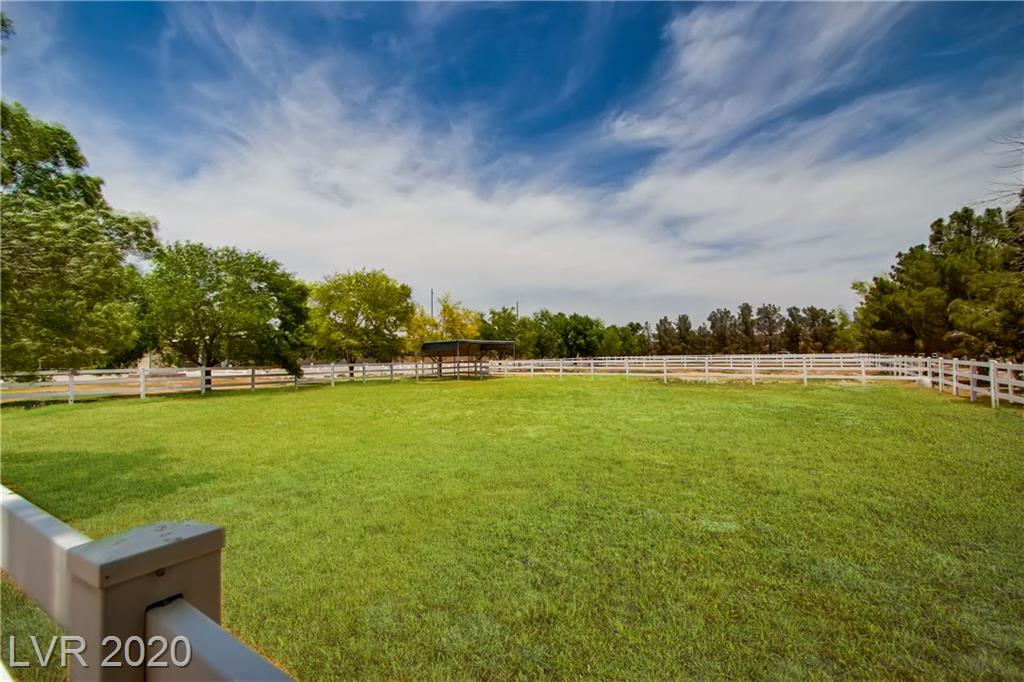4.75A Farm Rd Road Property Photo - Las Vegas, NV real estate listing
