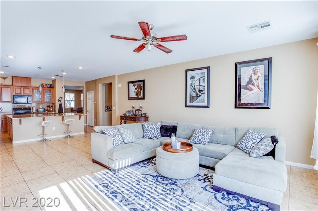 5925 Vista Creek Street Property Photo