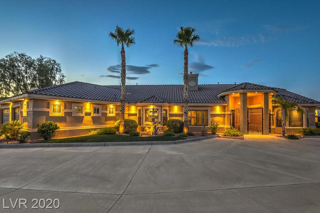 402 Country Club Drive Property Photo - Henderson, NV real estate listing