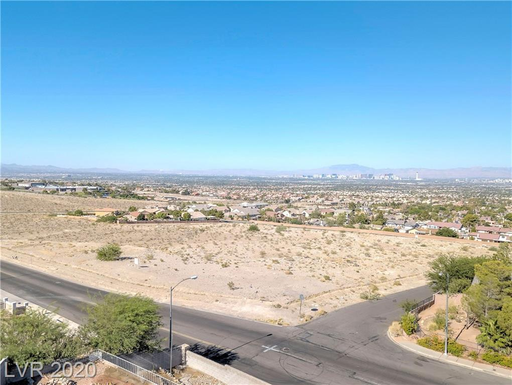 Los Feliz Property Photo - Las Vegas, NV real estate listing