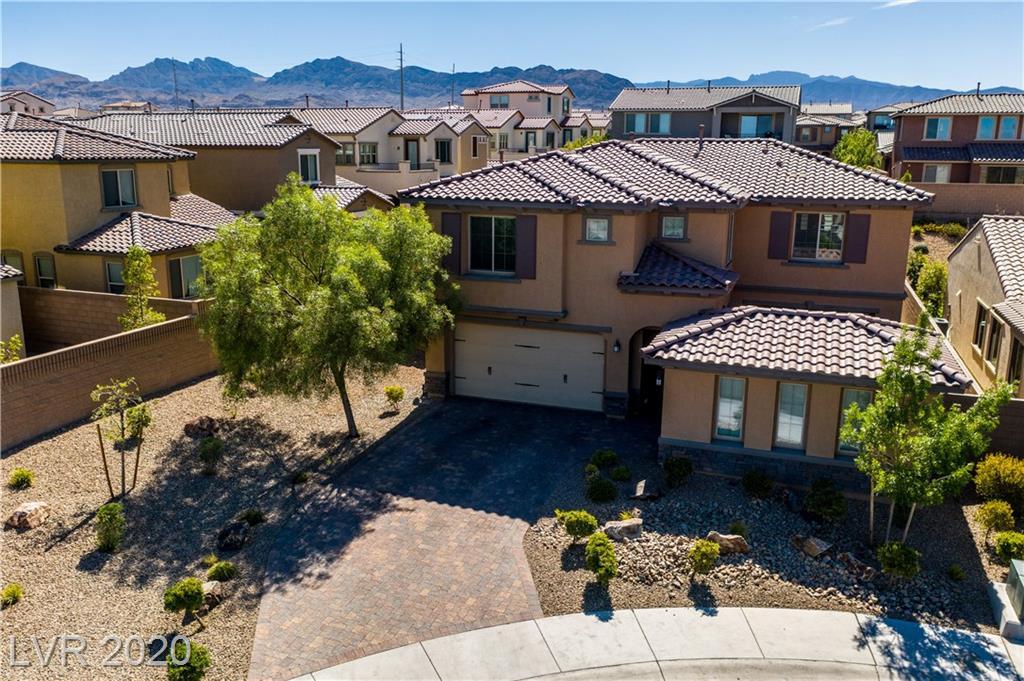 8107 Canyon Grassland Street Property Photo - Las Vegas, NV real estate listing