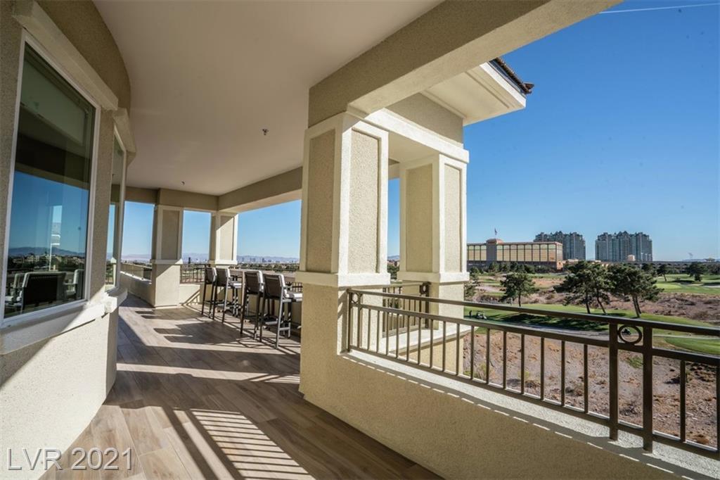 9125 Las Manaitas Avenue #402 Property Photo