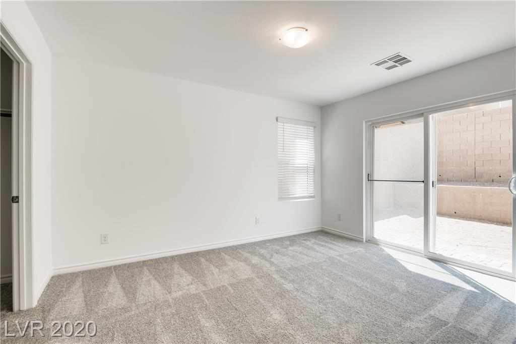 121 CAMPBELLTOWN Avenue Property Photo