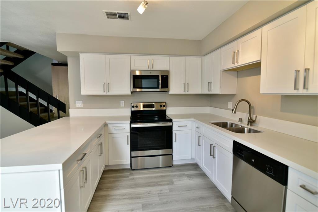 634 Brookway Lane Property Photo