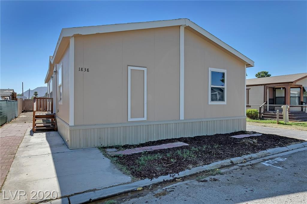 1838 Quintearo Street Property Photo