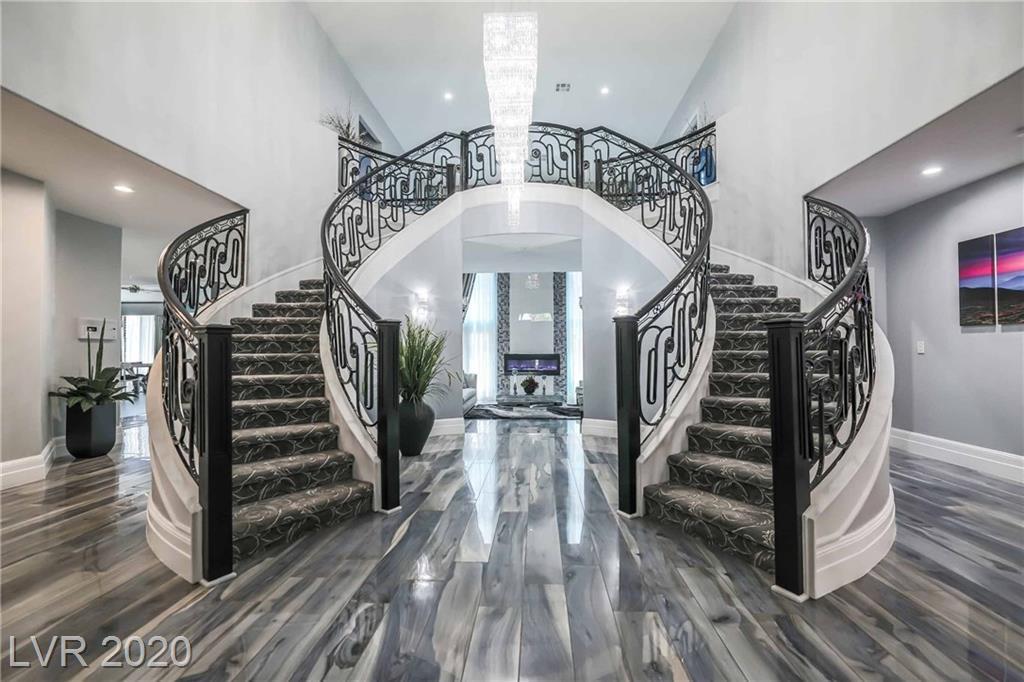 7471 Bachelors Button Drive Property Photo - Las Vegas, NV real estate listing