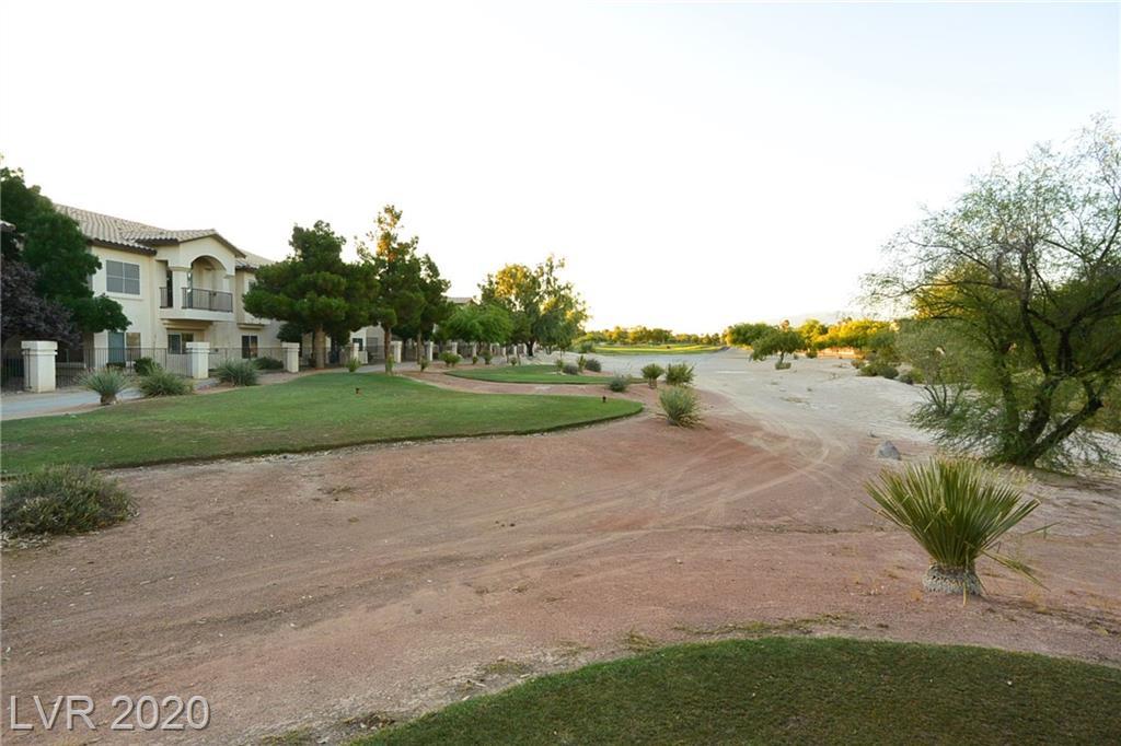 4930 Black Bear Road #204 Property Photo